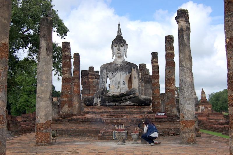 buddha images in Sukhothai