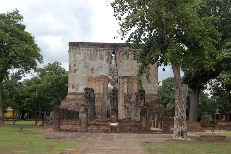 Buddha figure Sukhothai
